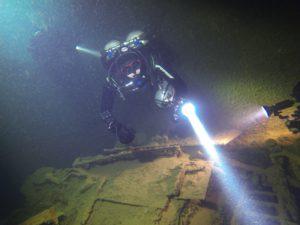 Night Boat Dives